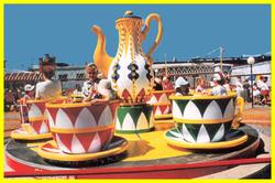 Tea_cups_001_2